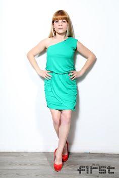 Vestido Ruga Assimétrico e Drapeado 2344 http://www.firstshop.pt/Novidades/Roupa/Ruga/Vestido-Ruga-Assimetrico-e-Drapeado-2344-p243c92c93