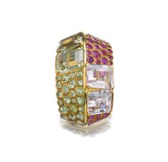 A gem-set clip, 'Toit', circa one of a collection of jewels that were designed by Suzanne Belperron for her good friend Cécyle Simon and auctioned by Sotheby's Geneva in 2013 Gems Jewelry, Fine Jewelry, Jewellery, Antique Jewelry, Vintage Jewelry, Diamond Necklace Set, International Jewelry, Spring Sale, Diamond Cuts
