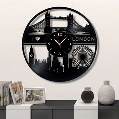 London city Wall vinyl record clock, Best Gift for Home Decor #london #homedecor #walldecor #clock #wallclock #vinyl #gifts #giftideas #giftsforher #giftguide #giftwrap