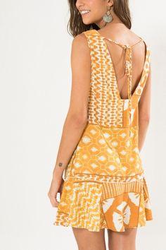 Tween Fashion, Womens Fashion, Fashion Tips, Casual Dresses, Fashion Dresses, Batik Dress, Western Dresses, Summer Wear, Frocks