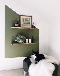 Trendy Home Decor, Diy Home Decor, Block Wall, Home Trends, Beige Walls, Diy Bedroom Decor, Bedroom Ideas, Bedroom Wall Designs, Budget Bedroom