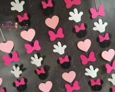 Pink Minnie Mouse VERTICAL Garlands set of Minnie Mouse Birthday garland, minnie mouse decoration, nursery or playroom by BrandalynsBowtique on Etsy Minnie Mouse 1st Birthday, Minnie Mouse Baby Shower, Minnie Mouse Party, Mouse Parties, Gateau Baby Shower, Minnie Mouse Decorations, Birthday Garland, Pink Minnie, Mickey Party