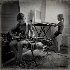 photo: The Sisters | photographer: Andy Prokh | WWW.PHOTODOM.COM