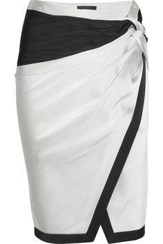 DONNA KARAN Satin and crepe skirt, fabulous!!!                                                                                                                                                      Mais