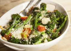 Purple Sprouting Broccoli, Mozzarella and Tomato Bake Recipe : Cook Vegetarian Magazine
