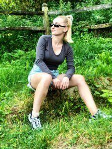 Green - Izabella Cete Green
