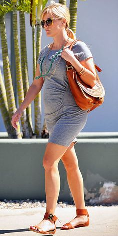 Reese Witherspoon expertly accessorizes a simple gray dress     http://www.people.com/people/celebritybabies/gallery/0,,20619273,00.html#
