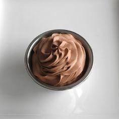 Cocoa Whipped Cream and Stabilized Cocoa Whipped Cream Frosting - food-pusher.com