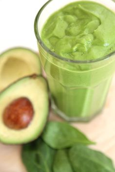 Snickerdoole Green Smoothie! Avocado, spinach, banana, almond milk, vanilla, and cinnamon