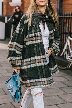 Caroline Daur, Evangelie Smyrniotak, Fall Winter 2018/19, Julia Haghjoo, LFW, Lisa Aiken, London, London Fashion Week, Megan Reynolds, Naomi Watts, Pernille Teisbaek, Street Style, Sylvia Haghjoo.