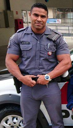 Hot Army Men, Sexy Military Men, Handsome Men In Suits, Handsome Asian Men, Cop Uniform, Men In Uniform, Police Uniforms, Hot Country Men, Tight Jeans Men
