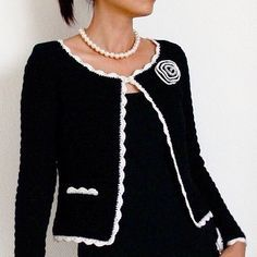 Crochet Cardigan - Jasmine is a classic Chanel inspired jacket, with a slightly boxy form, fitted sleeves, and contrasting scallop trim around the edges. The placket opening of the sleeves is also trimmed Crochet Bolero, Gilet Crochet, Crochet Coat, Crochet Jacket, Crochet Cardigan, Crochet Clothes, Ravelry Crochet, Crochet Granny, Crochet Pattern