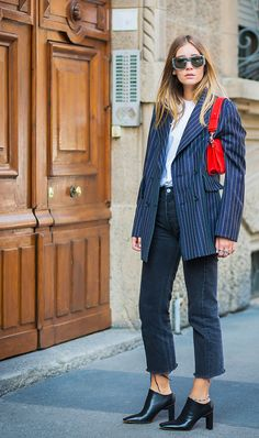 Looking tomboy chic might seem difficult to achieve at first, but with out simple breakdown of the pieces you'll need to get there, it's a piece of cake.