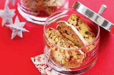Cranberry and Pistachio Biscotti   Cranberry and Pistachio Biscotti – crunchy and amazing biscotti loaded with cranberry and pistachio...