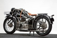 BMW_R42_1927_09_03 Bmw Motorbikes, Motos Bmw, Bmw Scrambler, Bobber Bikes, Bmw Motorcycles, Vintage Motorcycles, Muscle Cars, Hot Rods, Bmw Motors