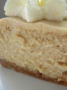 Irish Cream Cheesecake with oatmeal cookie crumb crust-whimper,whimper.