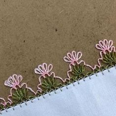Today we offer you a very cute gilet model for girls. - My Recommendations Tatting, Hairpin Lace, Needle Lace, Make It Yourself, Embroidery, Diy, Instagram, Allah, Ideas