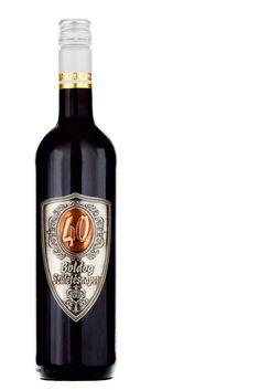 """Ez Mátrai Cabernet Sauvignon száraz vörösborral töltött """"Boldog születésnapot!"""" feliratú fémcímkés palackunk az ajándékozást is örömmé varázsolja. Cimkéjére az alábbi számokat tudjuk felhelyezni: 18, 20, 25, 30, 35, 40, 45, 50, 55, 60, 65, 70, 75, 80. Kérlek, a megjegyzésben jelöld meg, hogy melyiket tegyük a palackra.  űrtartalma: 0,75 L.  mérete: 31x8 cm.  #bor, #ajándék, #ajándék bor, #Cabernet Sauvignon, #száraz vörös, #Mátrai bor, #születésnap, #évforduló, Cabernet Sauvignon, Red Wine, Alcoholic Drinks, Glass, Drinkware, Corning Glass, Liquor Drinks, Alcoholic Beverages, Liquor"""