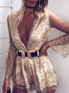 The ornate top is one of the things you can wear for day and night events. It is perfectly cut top w Black Flare Dress, Black Sequin Dress, Black Bodycon Dress, Gold Dress Outfits, Nye Outfits, Party Outfits, New Years Outfit, New Years Eve Outfits, New Year's Eve Romper