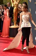 Sarah Hyland attends the 68th Annual Primetime Emmy Awards in LA http://celebs-life.com/sarah-hyland-attends-68th-annual-primetime-emmy-awards-la/  #sarahhyland