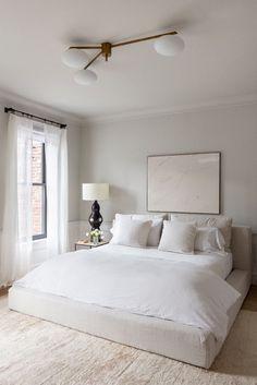 Serene Bedroom, Home Bedroom, Bedroom Interior, Cheap Home Decor, Living Room Diy, Home Decor, Large Living Room Furniture, Modern Bedroom, Minimalist Bedroom Decor