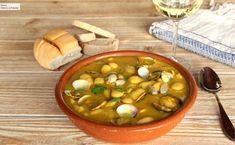 La mejor receta de fabes con almejas, el gran plato asturiano de legumbres Spanish Food, Mediterranean Recipes, Chana Masala, Cheeseburger Chowder, Beans, Vegetables, Cooking, Ethnic Recipes, Koh Tao