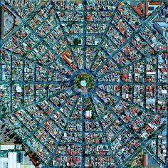 Radiating streets surround the Plaza Del Ejecutivo in the Venustiano Carranza district of Mexico City, Mexico.