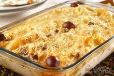 Receita de Bacalhau cremoso - Comida e Receitas Cod Fish Recipes, Fish Varieties, Fish Platter, Oven Dishes, How To Cook Fish, Portuguese Recipes, Fish And Seafood, No Cook Meals, Macaroni And Cheese