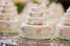 Mother of the Bride - Blog de Casamento e Dicas de Casamento para Noivas - Por Cristina Nudelman: Docinhos para Festas - Mesas de Doces