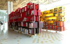 Design mobilier MÉDIATHÈQUE ÉCOLE DES ARTS - Saint Herblain (44) - Design: Métalobil - www.metalobil.fr