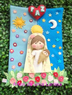 Virgin Mary and Christ child made in felt. What an adorable Christmas decoration. Christmas Crafts, Xmas, Christmas Ornaments, Felt Crafts, Diy And Crafts, 242, Felt Fabric, Felt Dolls, Felt Art