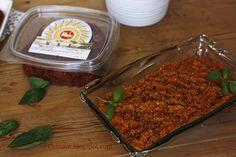 Los tomates secos al sol no son solo una especialidad italiana, tenemos muy buen sol y buenos tomates, también empresas de muchos años de... Pasta, Food, Olive Oil, Sauces, Appetizers, Cooking Recipes, Orange, Terrace, Essen