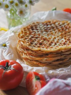 Rapeat Juustovohvelit Savory Pastry, Savoury Baking, No Bake Treats, Food Inspiration, Waffles, Good Food, Appetizers, Food And Drink, Cooking Recipes