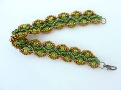 FREE beading pattern for Sophia Bracelet, using only 11/0 and 6/0 seed beads