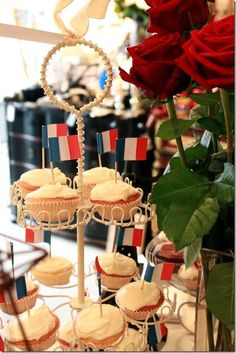Artistic Creations by Natasha Burns: Bastille Day at Fanantique French Cheese, July 14th, Bastille Day, French Wine, Tea Time, Picnic, Cupcakes, Favorite Recipes, Table Decorations