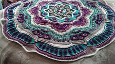Ravelry: Project Gallery for Mandala Madness pattern by Helen Shrimpton. ||  GORGEOUS, AS ARE THE COLORS!!! ♥A