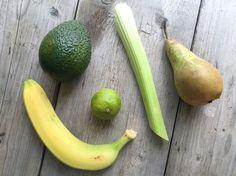 Energie smoothie met avocado en bleekselderij, een perfect begin van je dag.