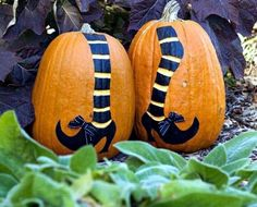 Decorate pumpkins – 30 Fall ideas with paint, rhinestones and lace ...