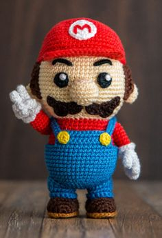 Amigurumi: Super Mario zum Häkeln - Häkelanleitung via Makerist.de