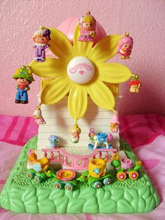 Want some remind me of Vintage Polly Pocket. 80s Girl Toys, 1980s Toys, Retro Toys, Toys For Girls, Vintage Toys 80s, Funny Vintage, Polly Pocket, 90s Childhood, My Childhood Memories