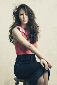 f(x) Krystal High Cut magazine 2013 january