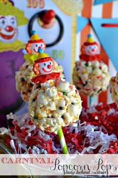 Popcorn party pops.. how adorable and fun! Top with clown faces or animals for birthday parties, pacifier rings for baby shower, plastic wedding ring or champagne bottle favors for bridal shower, Santa faces for Christmas.. etc :)