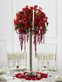 This wedding table centrepiece is a fantastic display of blooming elegance to give your wedding guests an impression that will last a lifetime.