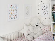 Nowele Domowe : Zmiana aranżacji z Poster Store Poster Store, Toddler Bed, Kids Rugs, House, Furniture, Home Decor, Child Bed, Decoration Home, Kid Friendly Rugs