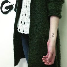 ** Tattoo X Art ** San Francisco & Taiwan 台中。💌: handyhsu522@gmail.com / LINE ID: handy_art Tiny Wrist Tattoos, Taiwan, Tattoo Ideas, San Francisco, Instagram Posts, Art, Art Background, Kunst, Art Education