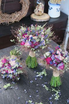 sušené kytičky, luční, vonička Floral Wreath, Wreaths, Home Decor, Homemade Home Decor, Flower Crowns, Door Wreaths, Deco Mesh Wreaths, Interior Design, Home Interiors