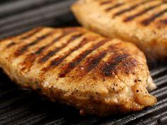 Cotlet de porc la gratar Romanian Food, Meat, Chicken, Drinks, Pork, Beef, Drinking, Beverages, Drink