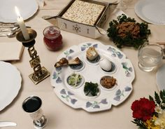 Seder table for Pesach (Passover) I want to make the box plate that is holding the matzah there.