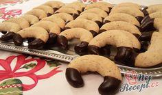 Vánoční vanilkové rohlíčky Holidays And Events, Cookies, Sweet, Christmas, Biscuits, Crack Crackers, Candy, Xmas, Navidad