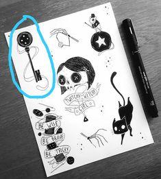 Top left key for Coraline. Coraline Cat, Coraline Drawing, Coraline Tattoo, Coraline Jones, Cat Drawing, Drawing Ideas, Sketch Drawing, Tim Burton Kunst, Tim Burton Art